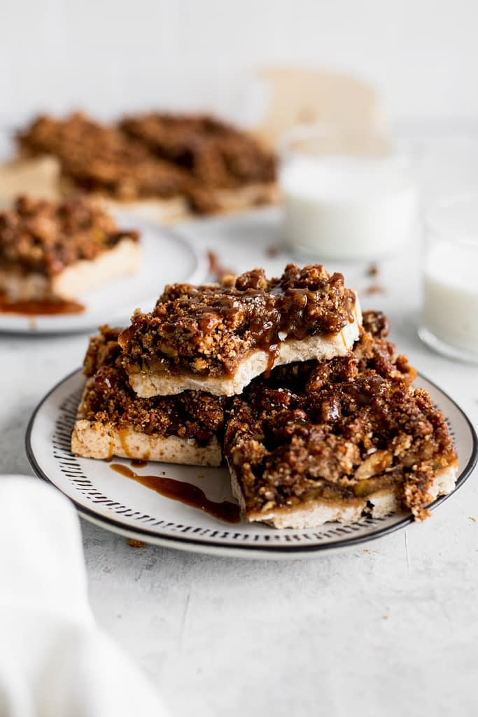 healthy apple crumble recipe - one square on plate